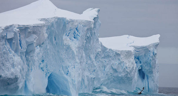 Melting Antarctic glacier primed to release massive ice sheet