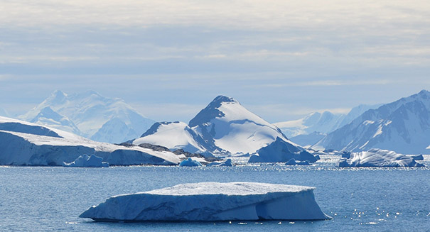 Earth has enough fossil fuels to completely destroy Antarctica's ice