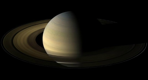 Life on Saturn's moon?