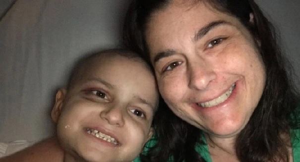 9-year-old boy dying of cancer wants to celebrate Christmas early, and wants you to send cards